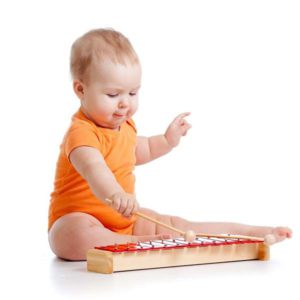 малыш и ксилофон